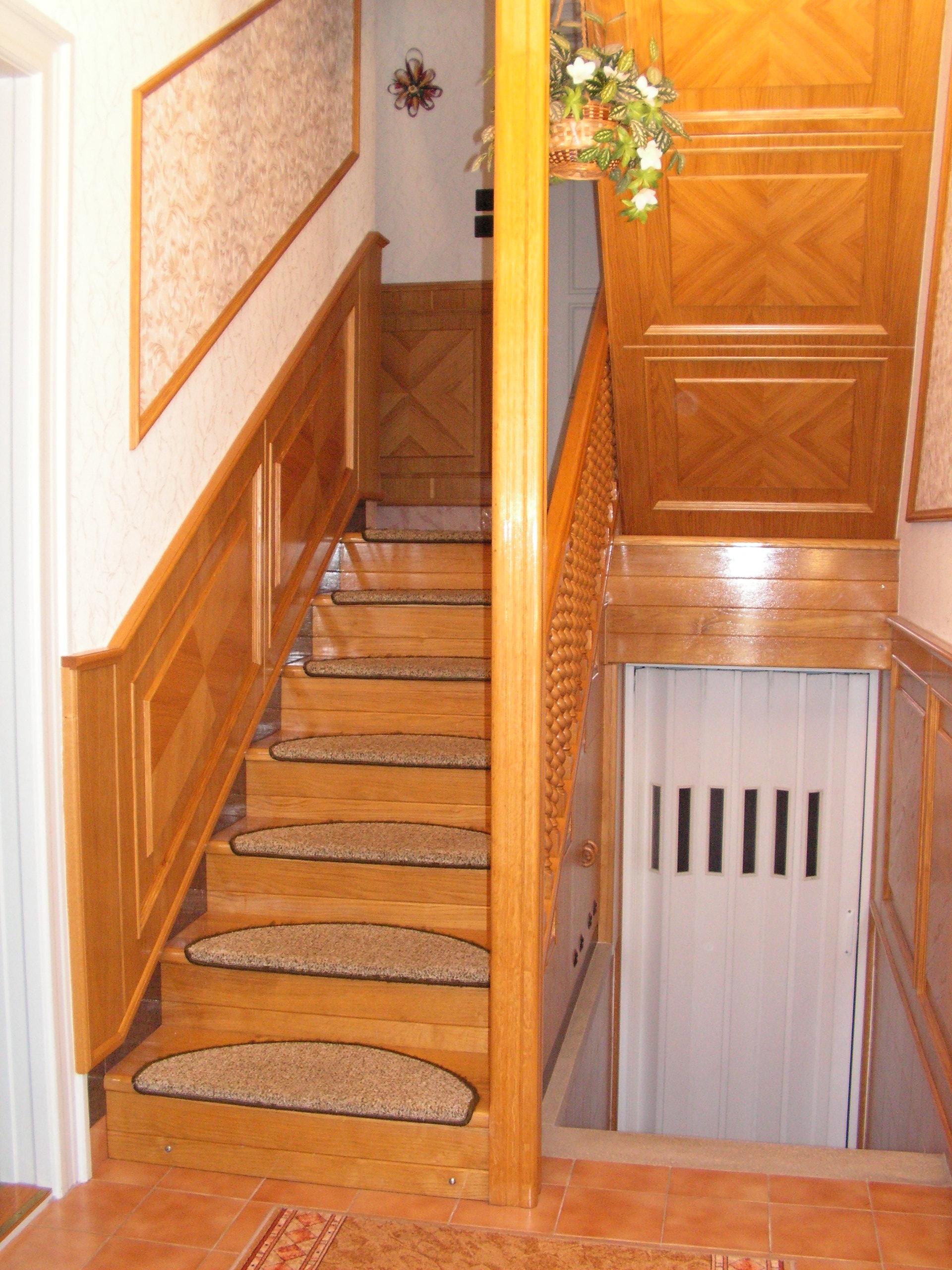 Classic Design - lépcső, lépcsőlap, korlát, falépcső, fa lépcső ...